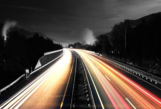 světla na dálnici