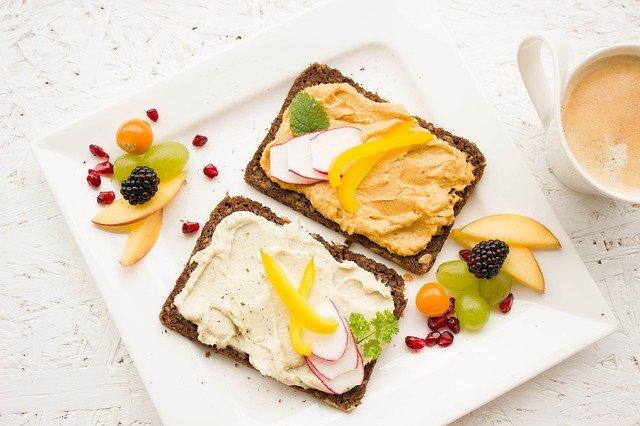 zdravá vyvážená snídaně